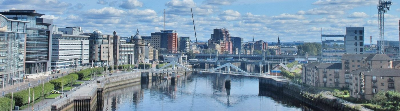 Panoramic photo of Glasgow and the River Clyde